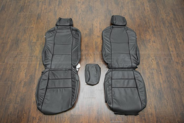 Front seat upholstery - 04-06 Acura TL - Black