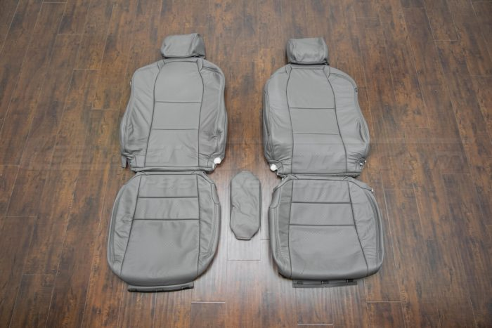 Front seat upholstery w/ console - 04-06 Acura TL Light Grey