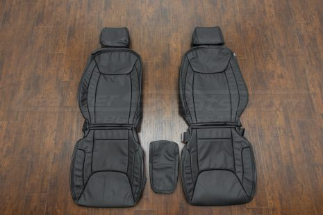 15-21 Chrysler 300 Single-Tone Black - Front seats with console