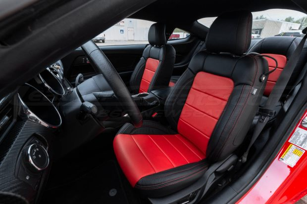 Ford Mustang Package - Black & Bright Red