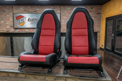 Toyota MR-2 leather seats - Black & Red - Featured Image