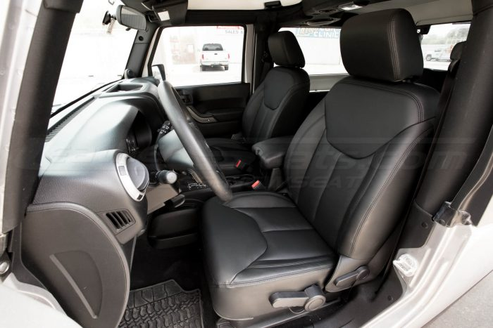 Jeep Wrangler Leather Seats - Black - Front interior drivers side