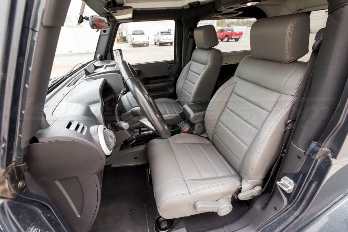 Jeep Wrangler Leather Seats - Light Grey - Front seat