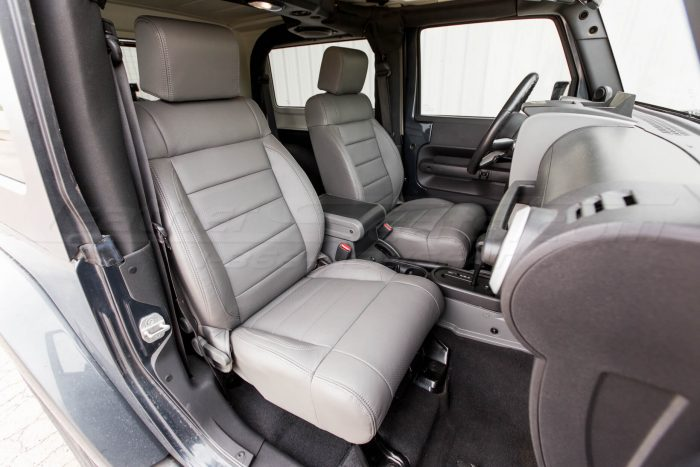Jeep Wrangler Leather Seats - Light Grey - Front interior - passenger side view