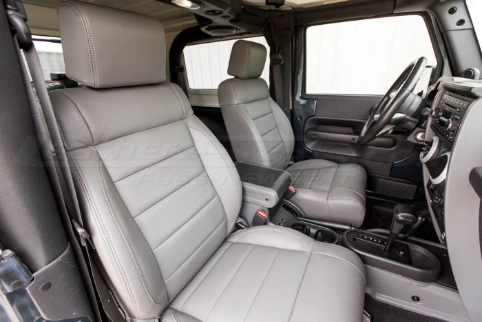 Jeep Wrangler Leather Seats - Light Grey -Front passenger backrest & headrest