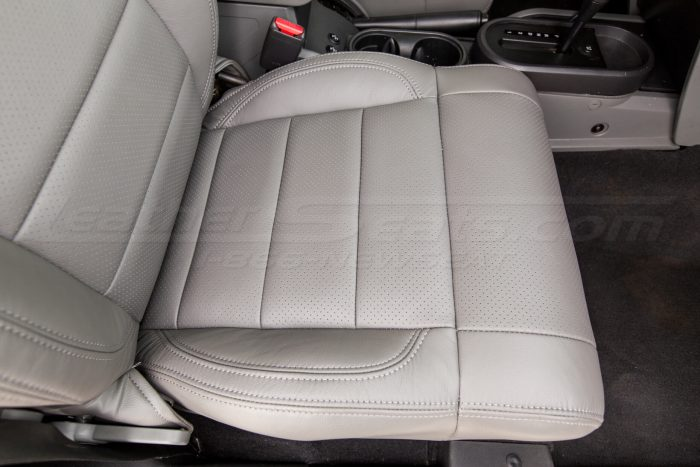 Jeep Wrangler Leather Seats - Light Grey - Perforated seat cushion