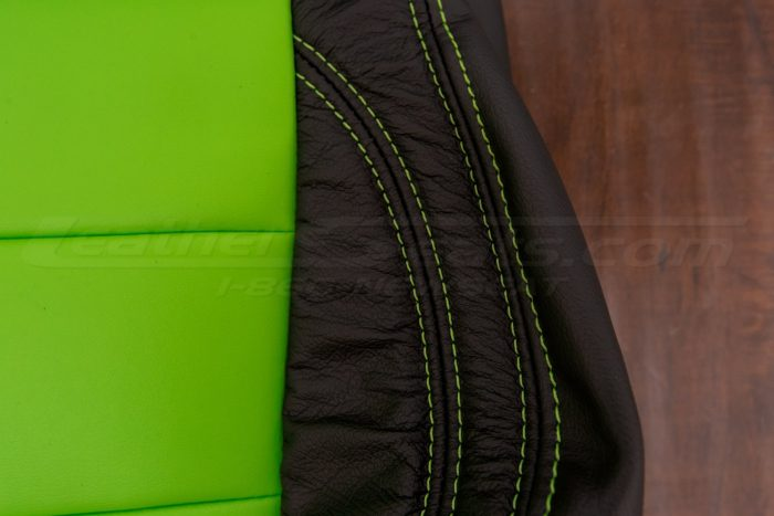 Jeep Wrangler Upholstery Kit - Black & Lime Green - Backrest lime green double-stitching