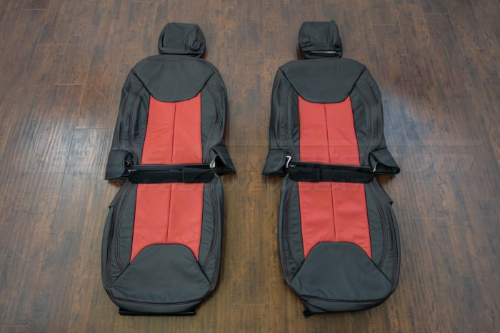 Jeep Wrangler upholstery kit - Black / Bright Red - Front seat upholstery