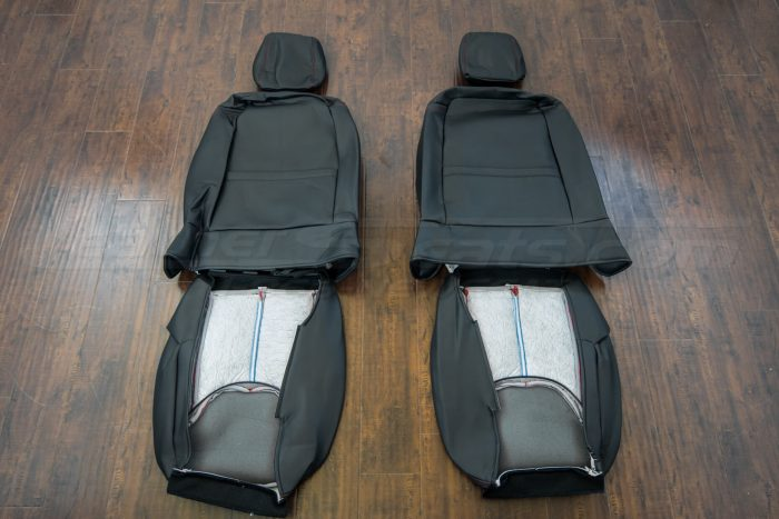 Jeep Wrangler upholstery kit - Black / Bright Red - Back of front seats