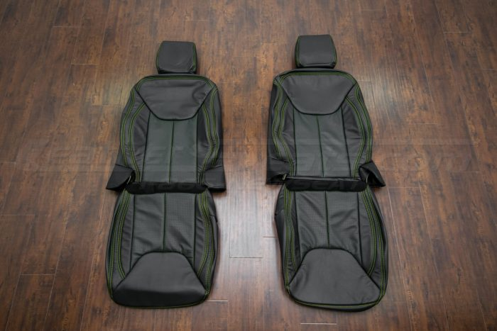 Jeep Wrangler Leather Seats - Black & Piazza Green - Front seats