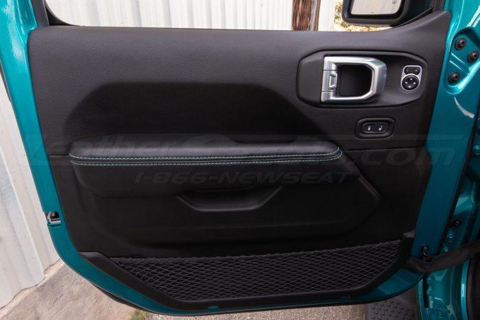 Jeep Wrangler JL Upholstery Kit - Black - Installed - Door armrest
