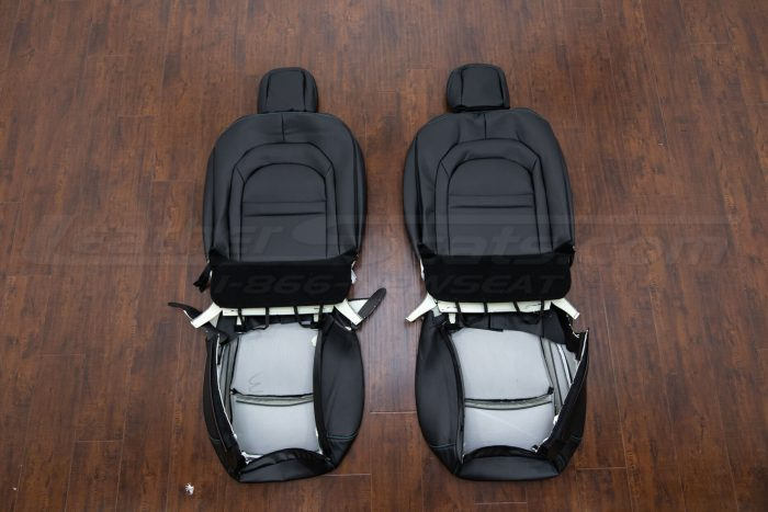 Jeep Wrangler JL Upholstery Kit - Black - Back view of front seats