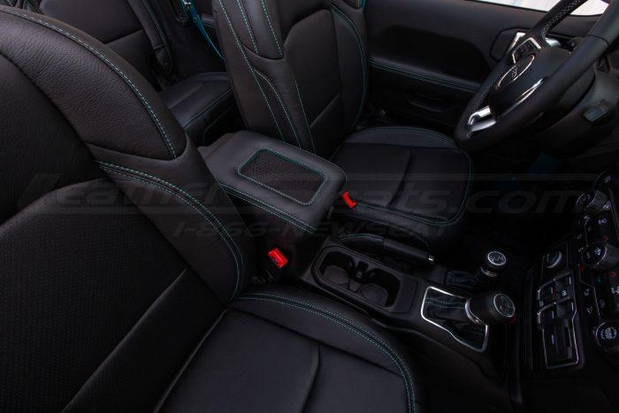 Custom Jeep interior with Sanctum Wireless Charging Console