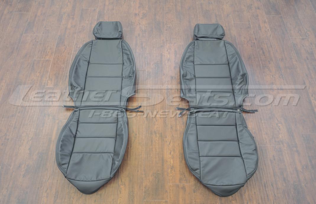 Volkswagen Jetta upholstery kit - black - front seats