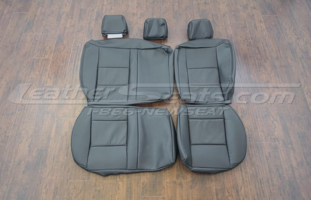Volkswagen Jetta upholstery kit - black - rear seats