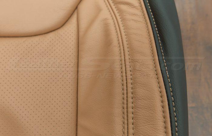 Jeep Wrangler leather kit - Black/Teak - Side double-stitching close-up