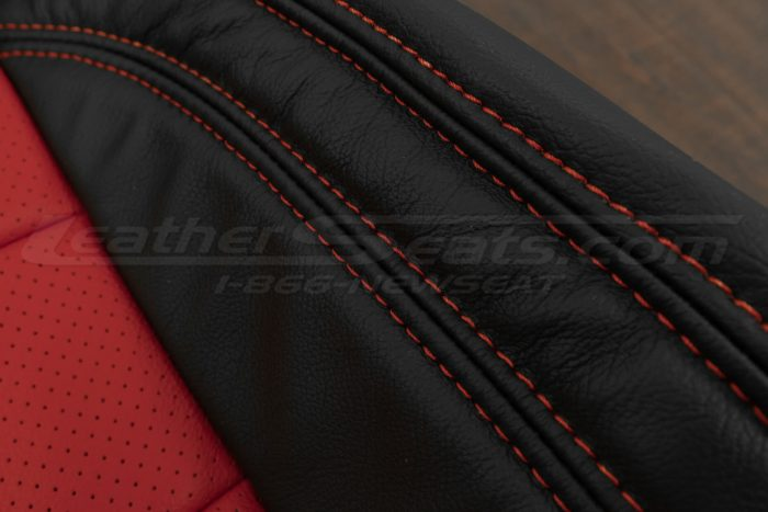 07-10 Jeep Wrangler Upholstery Kit - Black / Bright Red - Side double-stitching
