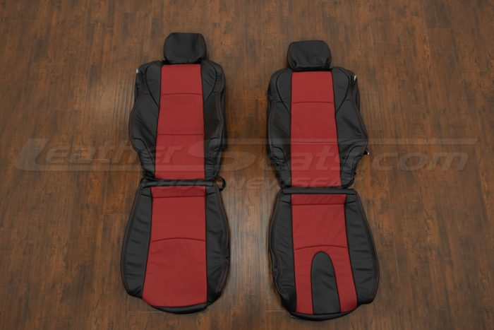 Black and Red Nissan 350z leather seats