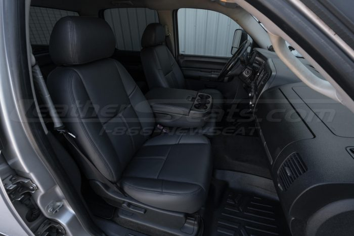 Front passenger side leather seats